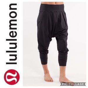 Lululemon Happy Hatha Crop Harem Pants - Black